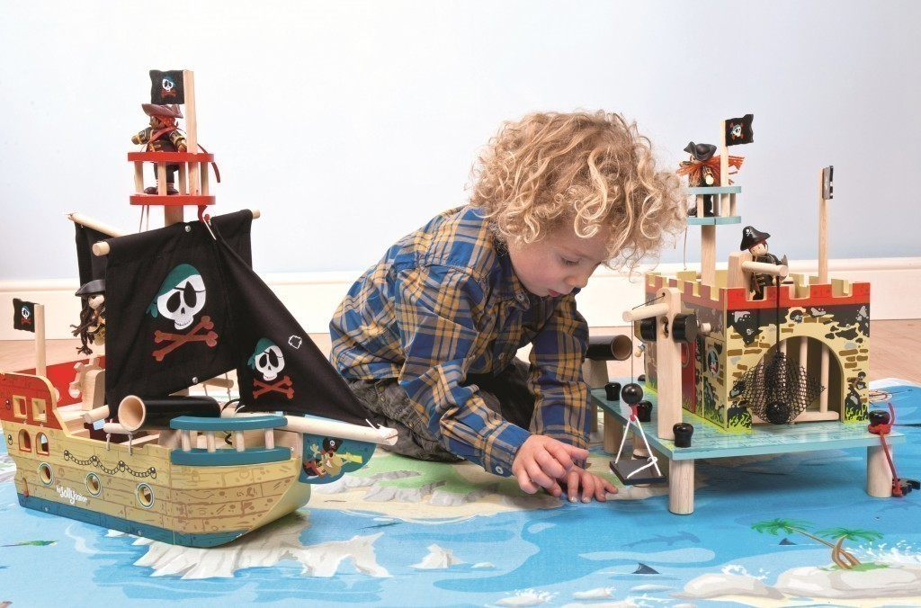 piratenschiff jolly pirate ship segelschiff holz seer uber schiff holzspielzeug ebay. Black Bedroom Furniture Sets. Home Design Ideas