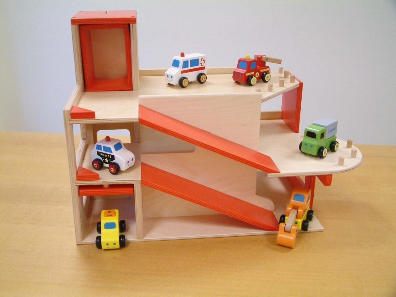 parkhaus parkgarage 3 ebenen inkl aufzug garage holzspielzeug ohne autos ebay. Black Bedroom Furniture Sets. Home Design Ideas