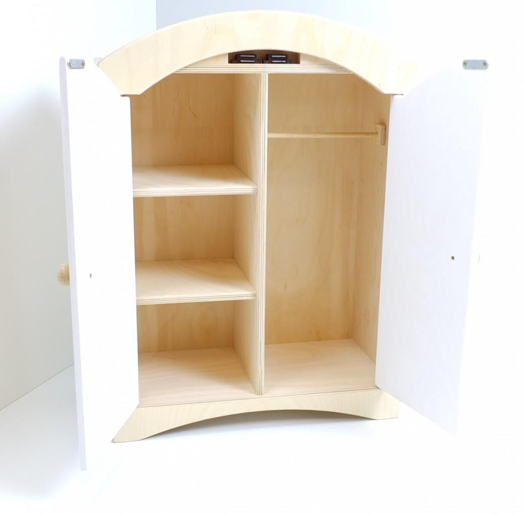 puppenkleiderschrank inkl 5 kleiderb geln material holz farbe natur weiss ma e 44 5 x. Black Bedroom Furniture Sets. Home Design Ideas