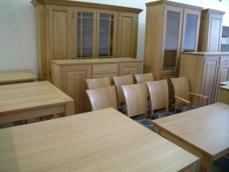 Versandfertige Eichenmöbel und Massivholzmöbel