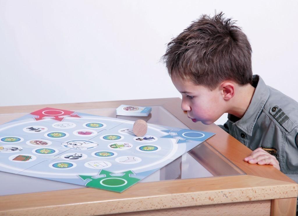 sturm im wort von storm spiele f r 2 6 spieler ab 4 jahren geeignet spiele. Black Bedroom Furniture Sets. Home Design Ideas