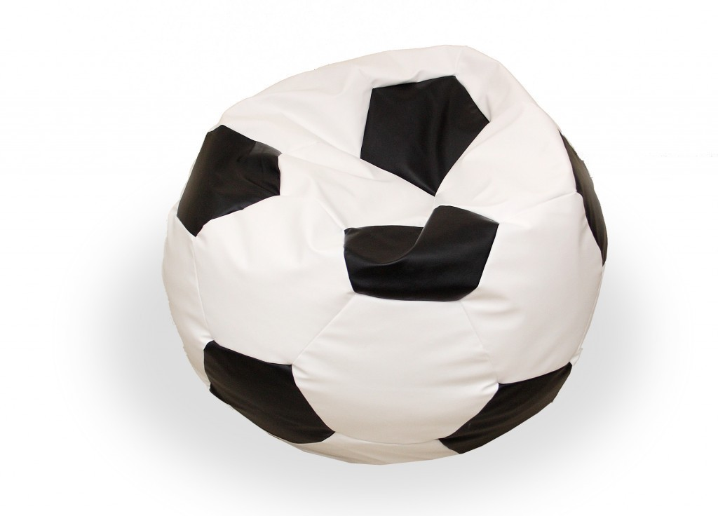 sitzsack fu ball volumen 180 l farbe schwarz wei gewicht 2 5 kg sitzs cke indoor sitzsack. Black Bedroom Furniture Sets. Home Design Ideas