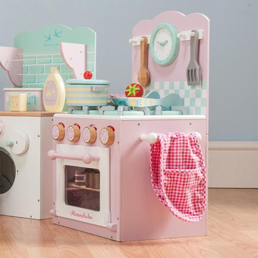 stand backofen mit kochfeld in rosa kochzubeh r pfanne pfannenwender und vielem mehr. Black Bedroom Furniture Sets. Home Design Ideas